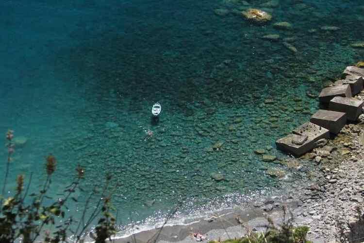 la spiaggia di guvano a corniglia