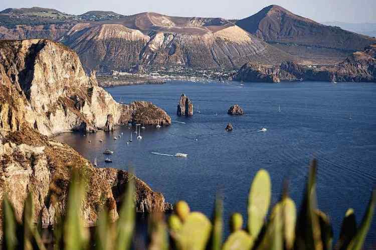 il panorama costiero dal belvedere quattrocchi