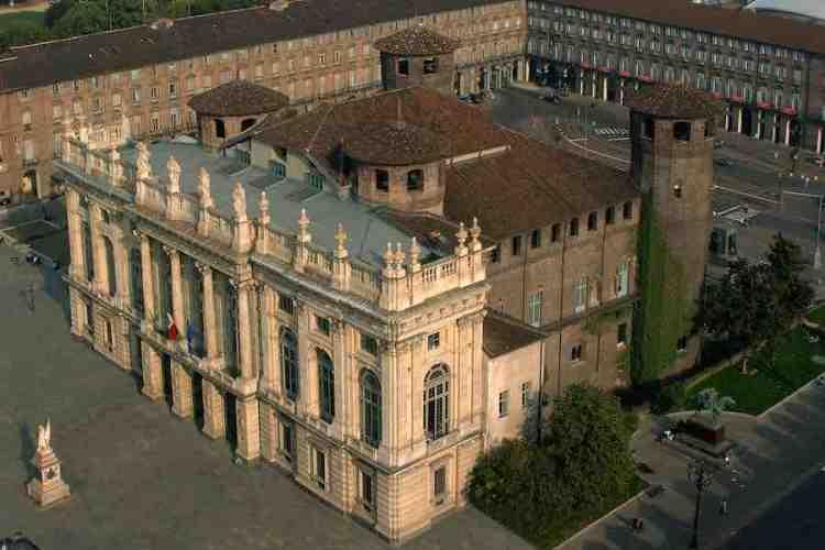 vista aerea di palazzo madama a torino