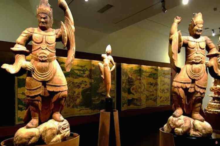 sculture al museo d'arte orientale di torino