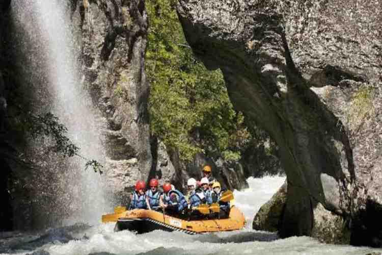 rafting a courmayeur sul fiume dora