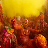 Celebrazione dell'Holi. Bruno Morandi/Getty Images.