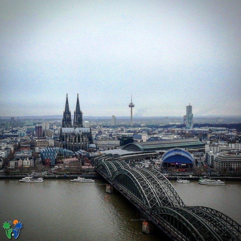 Vista dalla terrazza del KölnTriangle