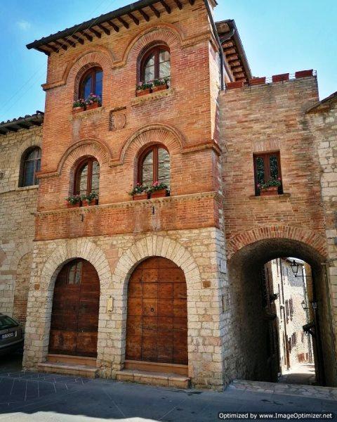 Palazzo dei Priori e della Mercanzia