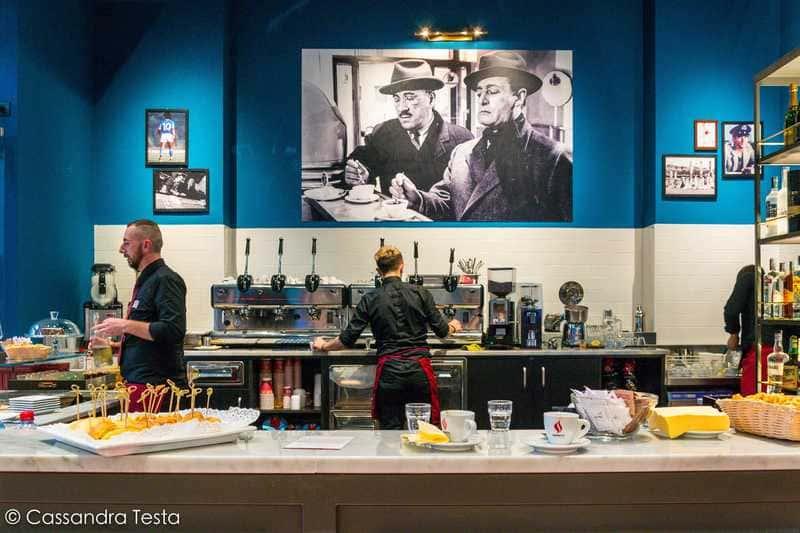 Caffè Napoli-Via Vittor Pisani, Milano