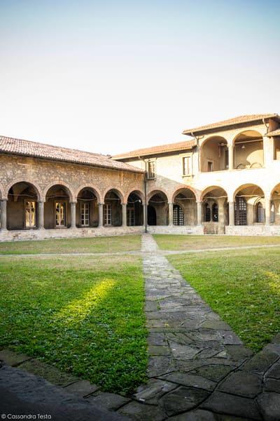 Chiostro delle Arche, Bergamo