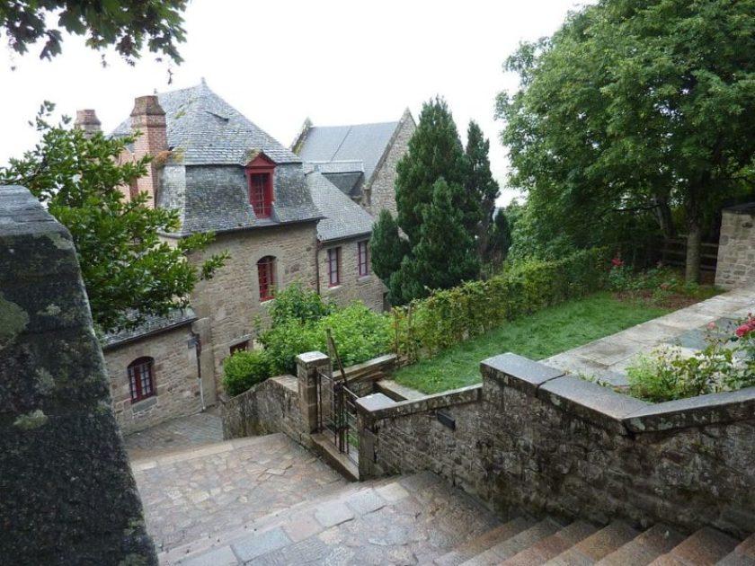Passeggiare per Mont Saint Michel