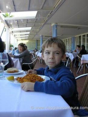 la paella della pepica valencia