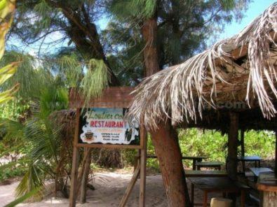 lautier coco restaurant la digue seychelles