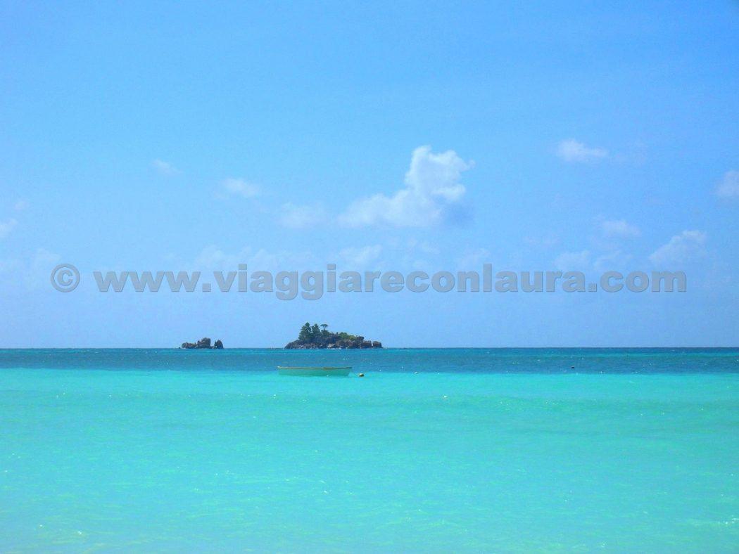 st pierre island praslin seychelles