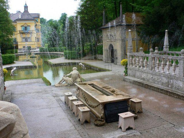 hellbrunn schloss giochi d'acqua