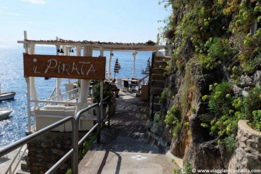 marina di praia costiera amalfitana il pirata