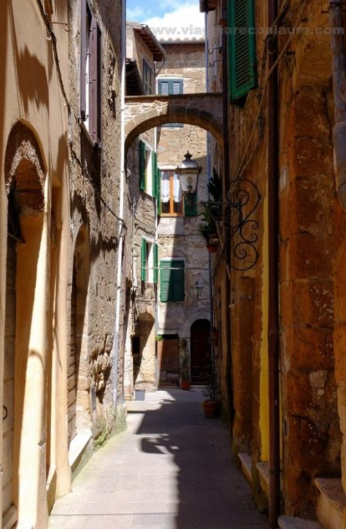 pitigliano toscana