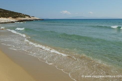 pirgaki beach naxos