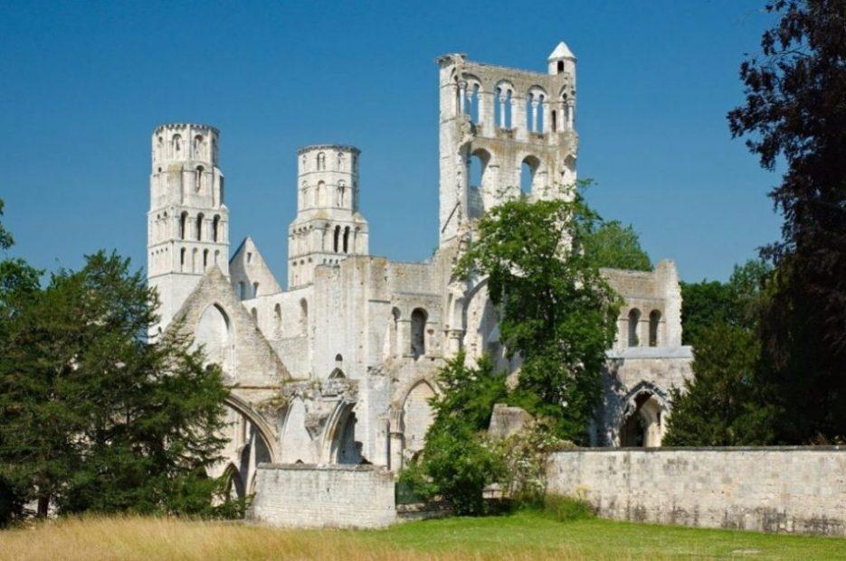 abbazia di jumiege normandia