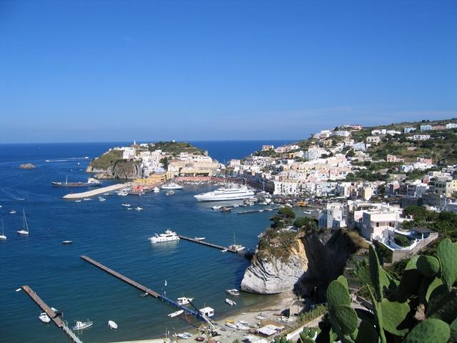 Isola di ponza paradiso nel mediterraneo viaggiatore for Soggiorno a ponza