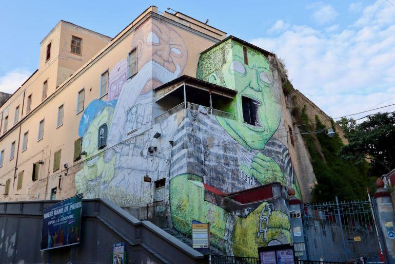 Blu Napoli tour murales