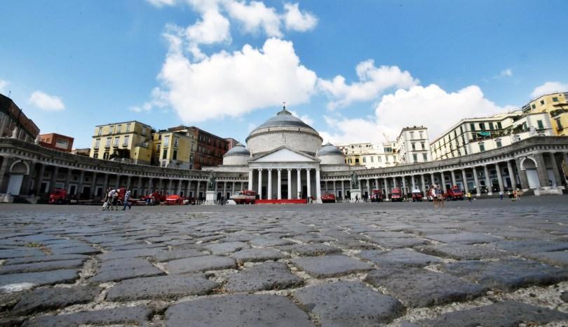 Vedi Napoli e poi… t'innamori (in un giorno)!
