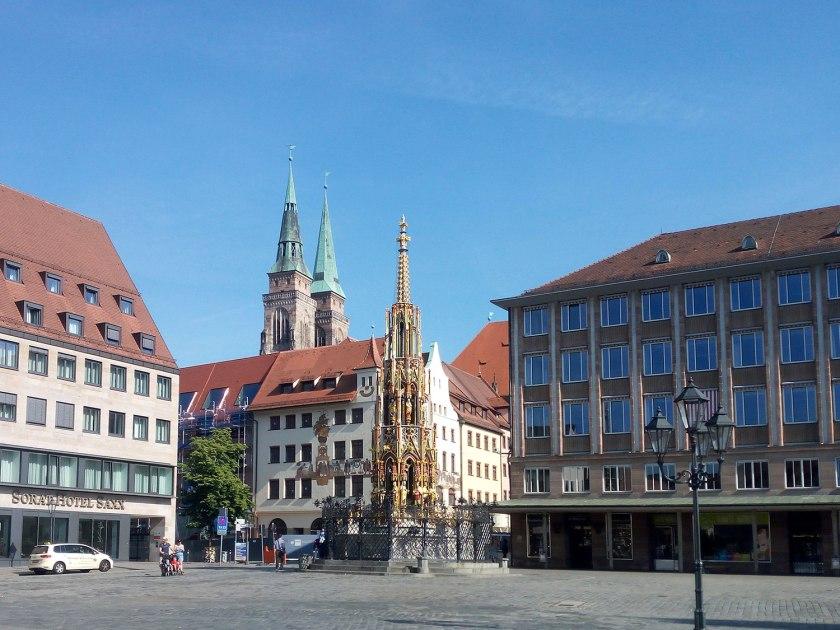norimberga-centro-la-fontana-bella