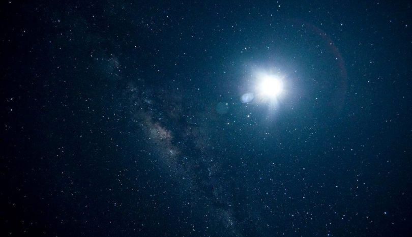 Come fotografare le stelle. Consigli per immortalare il cielo notturno