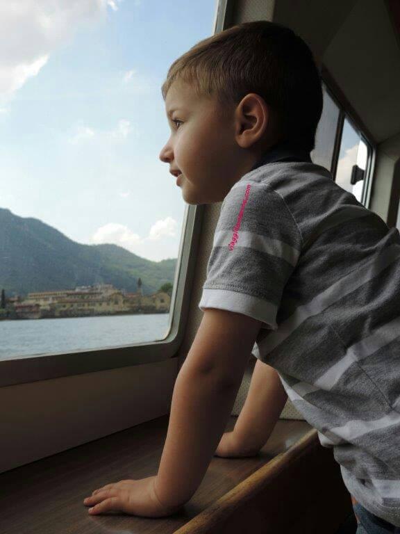 gita-in-battello-a-monte-isola-con-bambini-foto-3