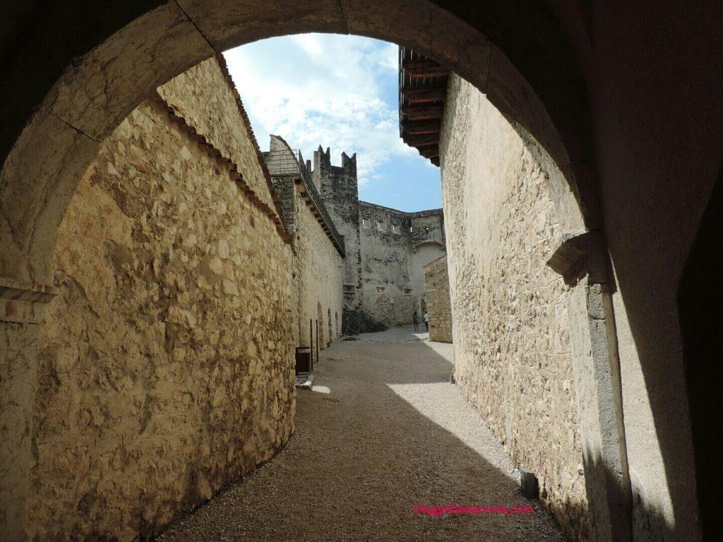 Castel Beseno il Trentino e i suoi castelli con i bambini foto 10