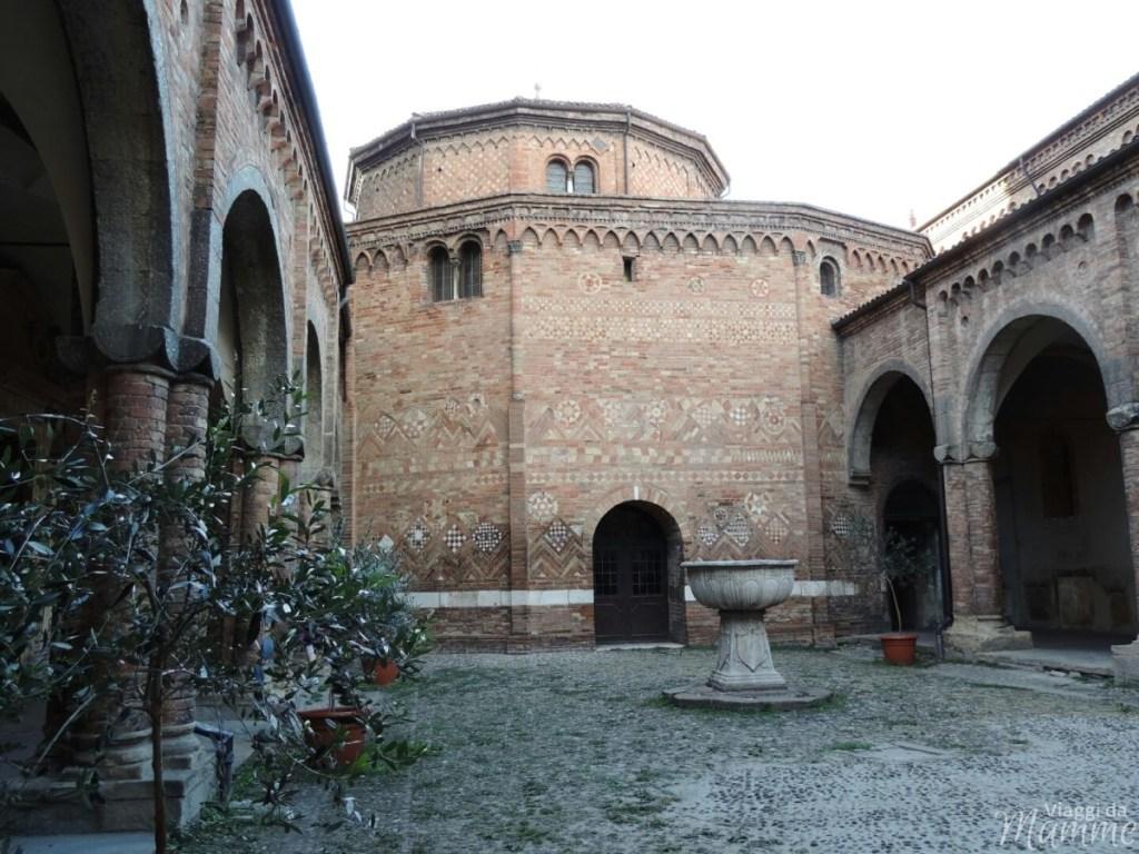 Cosa vedere a Bologna con bambini in due giorni -Basilica di Santo Stefano-
