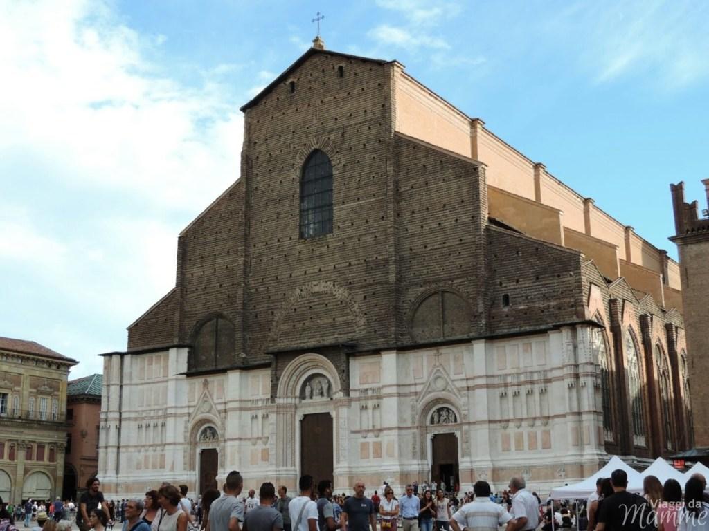 Cosa vedere a Bologna con bambini in due giorni -Basilica di San Petronio-