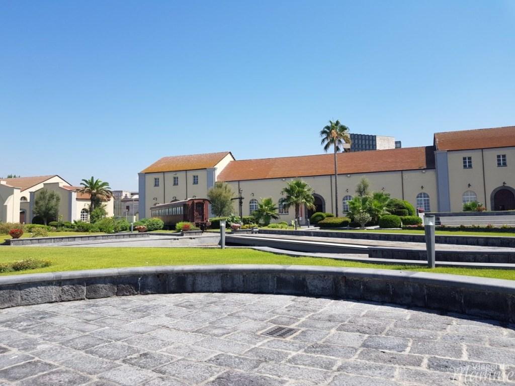 Museo Ferroviario di Pietrarsa e la storia del treno