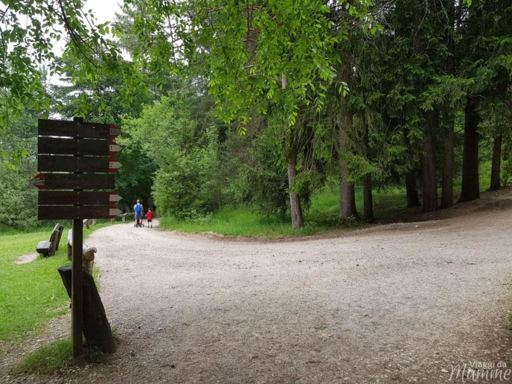 Malga Tuff: escursione sotto lo Sciliar con bambini -bivio per il laghetto di Fiè-