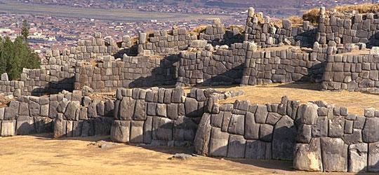 Gli incredibili megaliti delle Ande