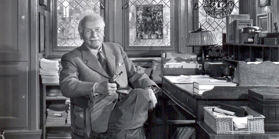 Le esperienze parapsichiche di Jung