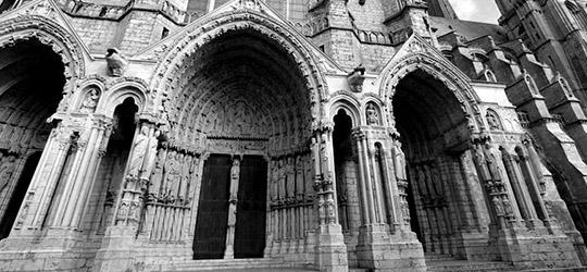 Cattedrali Gotiche , Chartres