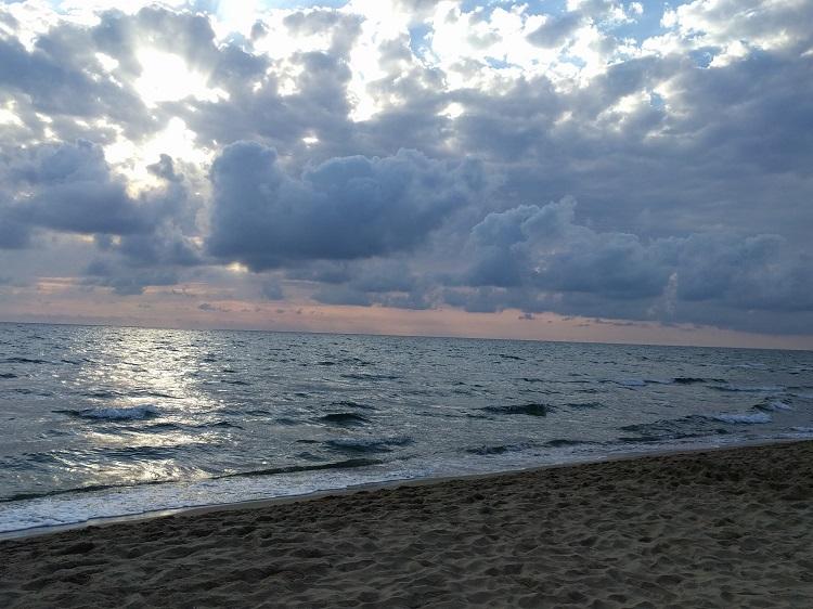 spiaggia-sabaudia -al-tramonto