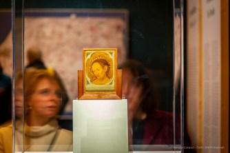 Antonello da Messina, Cristo in pietà (recto) (1463 circa), tempera grassa su tavola; 15 x 10,7 cm. Messina, Museo Regionale Interdisciplinare di Messina