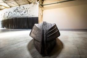 Giorgio Andreotta Calò, Volver, 2008. Barca/Boat 73 x 115 x 400 cm Courtesy ZERO…, Milano