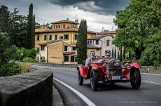 Andrea Vesco e Andrea Guerini, secondi classificati in via Bolognese con la ALFA ROMEO 6C 1750 SS Zagato del 1929 a Firenze