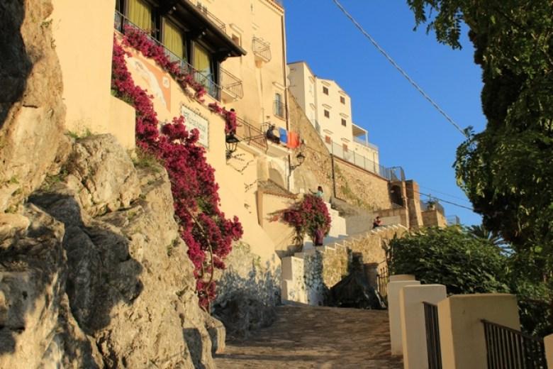 Sperlonga: risalire verso il centro storico