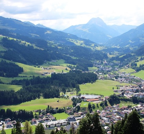 Viaggi in bici in Austria: in mountain bike sulle montagne di Kitzbuhel.