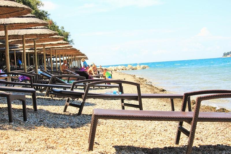 Parenzo spiagge: una delle aree attrezzate delle siagge del Zelena Laguna