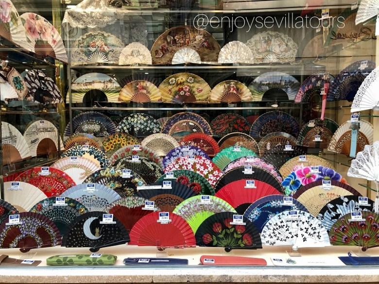 Shopping a Siviglia - NEGOZIO DI VENTAGLI