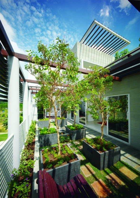 Great Tropical Houses in Urban Environment, Eco-Friendly Home Design in Malaysia - Garden