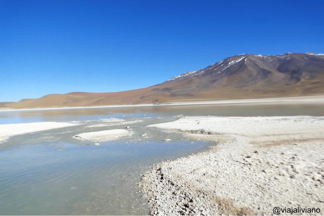 El lugar donde se unen la Laguna Blanca y la Laguna Verde