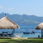 Al frente la isla de Lombok