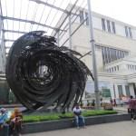Escultura afuera del Museo Nacional