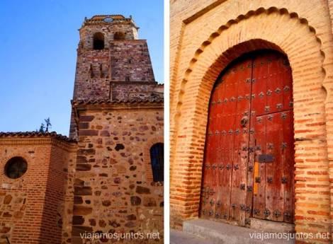 La puerta, inspiración árabe, de la iglesia parroquial Un itinerario de un día por Almodóvar del Campo, Ciudad Real, Castilla-la Mancha Que ver y que hacer
