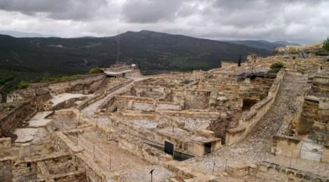 Los restos del poblado en la Fortaleza de la Mota Ruta de los castillos y batallas, Jaén, Andalucía