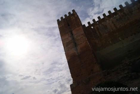 La sombra oscura en el cielo azul Ruta de los castillos y batallas, Jaén, Andalucía