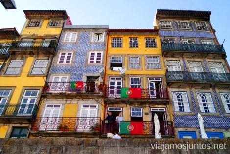 Los portales coloridos Visitar Oporto, Portugal Que ver y que hacer en Porto #ViajarConSuegra