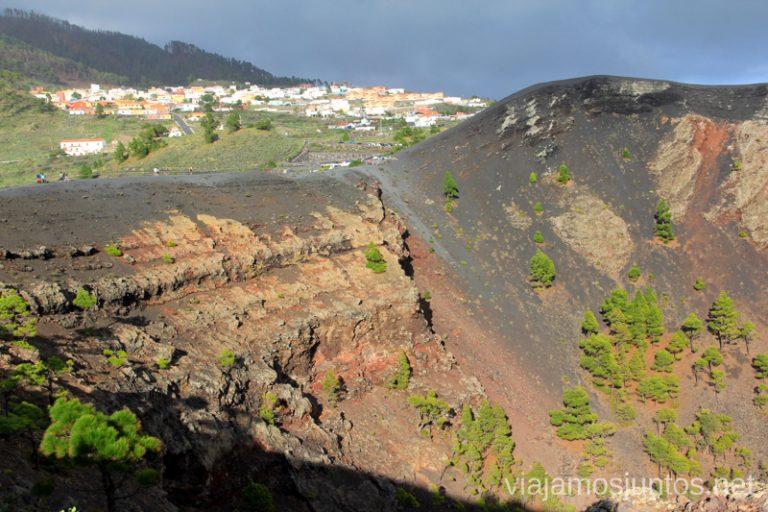 Los Canarios desde el cráter del volcán San Antonio Un viaje a la isla de La Palma, islas Canarias
